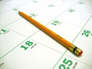 calendars-pencils-monthly-2444-l